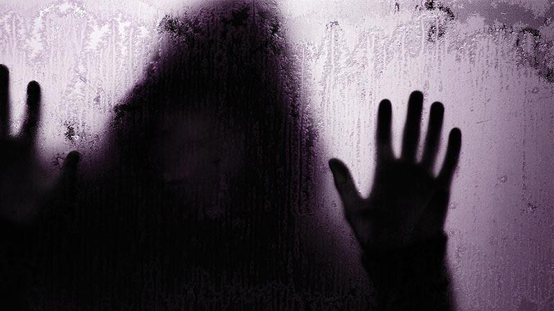 Daftar 10 Film Horor Terkutuk yang Seram, Berani Nonton?