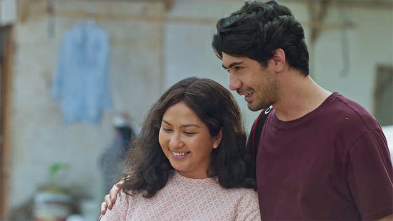 Review Film Imperfect: Cantik Belum Tentu Bahagia