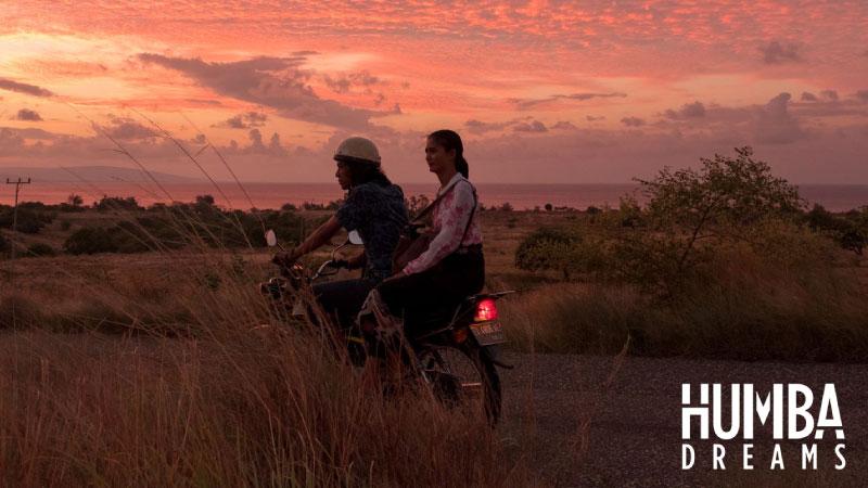 5 Rekomendasi Film Netflix Indonesia yang Menunjukan Budaya Daerah