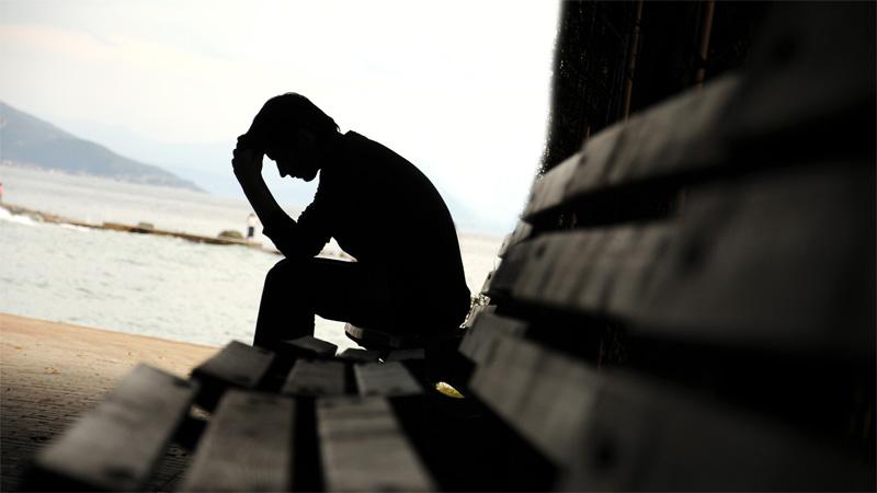 8 Cara yang Perlu Dilakukan untuk Menghadapi Orang Depresi