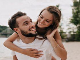 Kencan atau Berpacaran